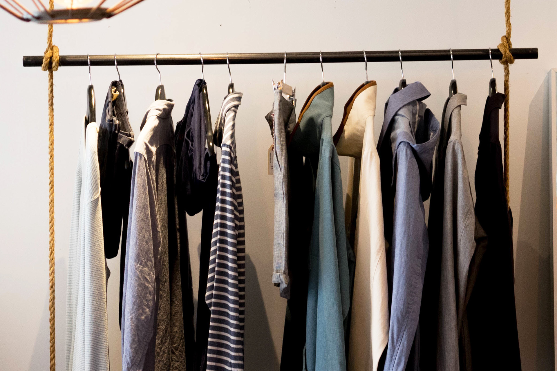 10 clothes storage ideas when you have no closet - Room with no closet ...