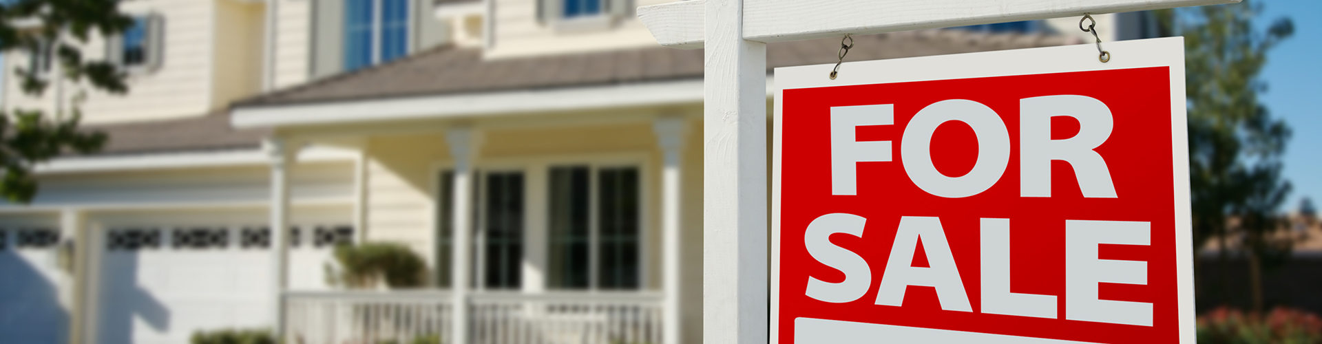 Ways Under $100 To Stage Your House for Sale