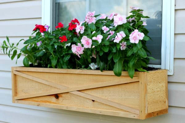 Cedar window box tutorial