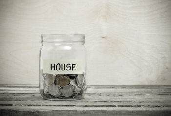 Moving on a Budget: 10 Tips to Move Cheaply