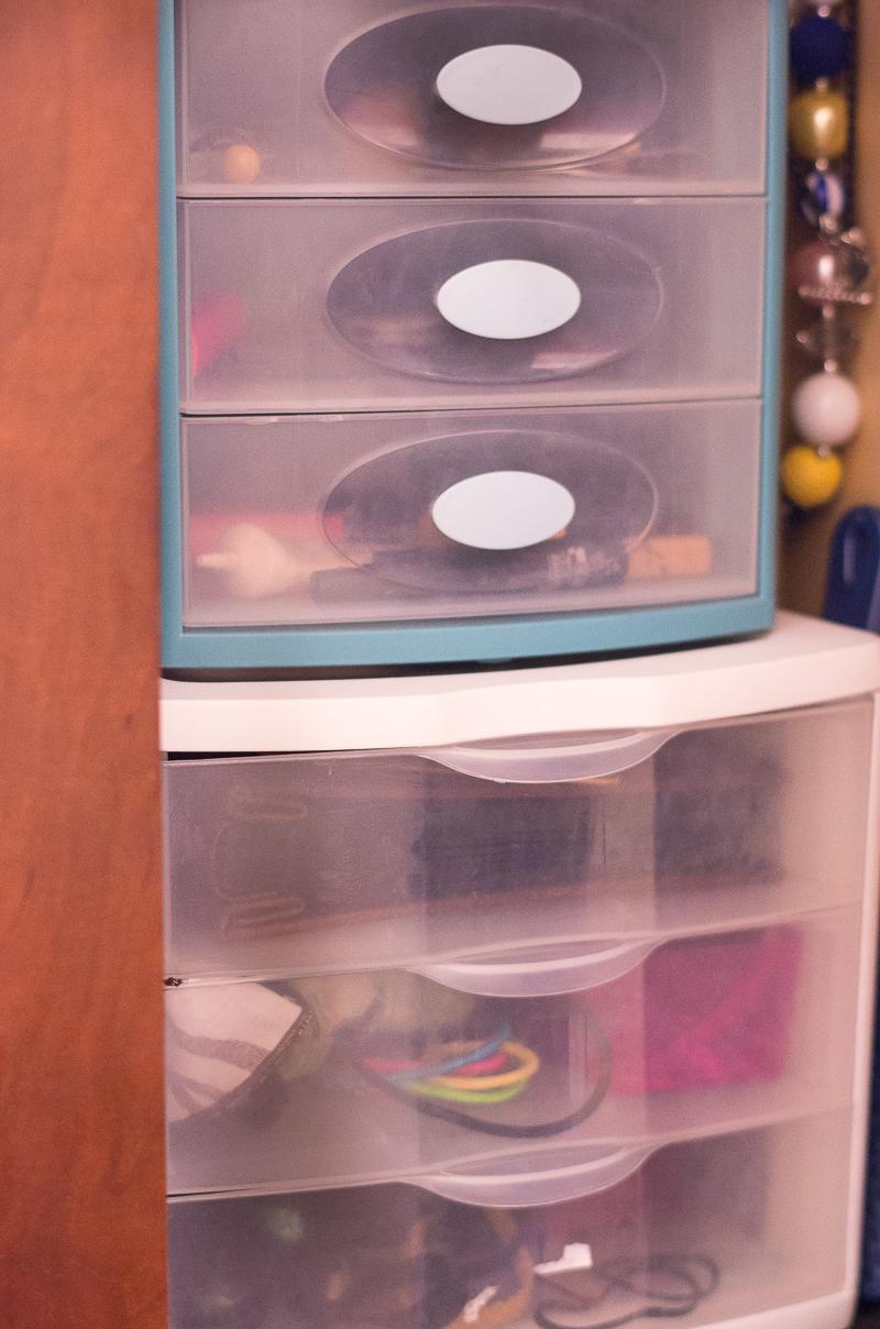 Bathroom Organization Ideas: Plastic drawers under the sink