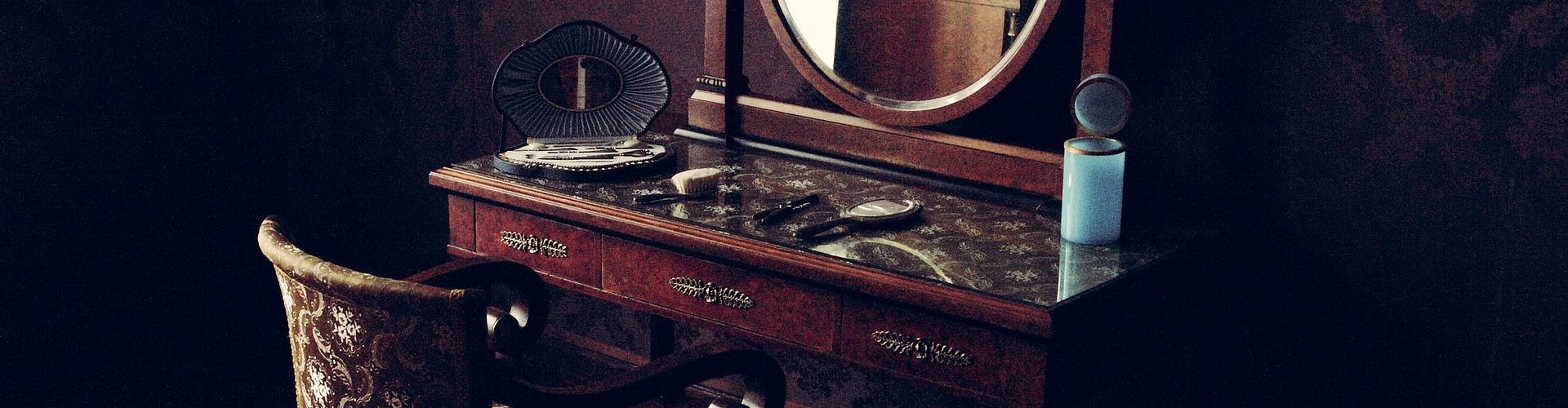 What's It Worth? Find the Value of Your Inherited Furniture