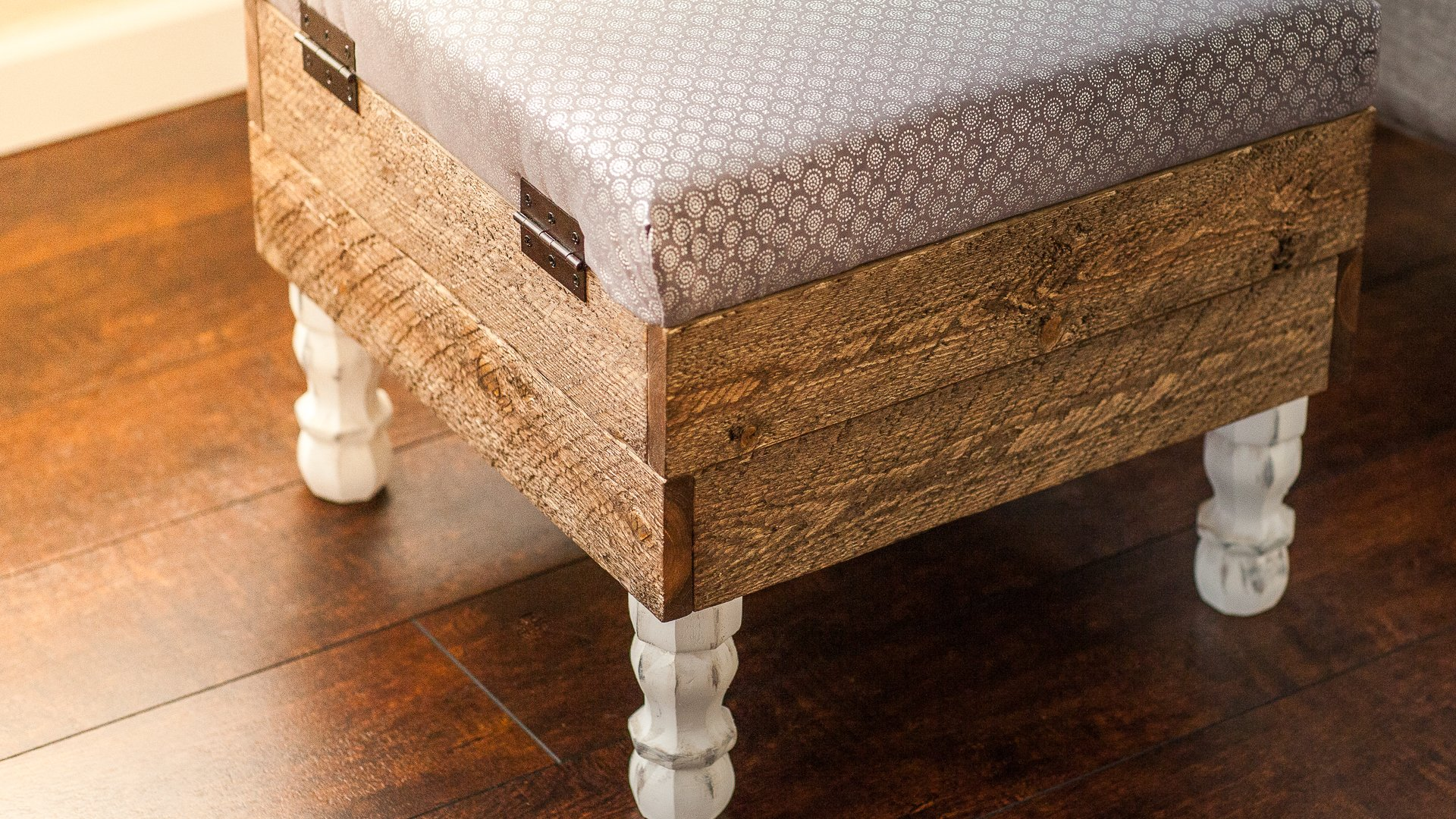 This Beautiful DIY Storage Ottoman Will Make You Want To ...