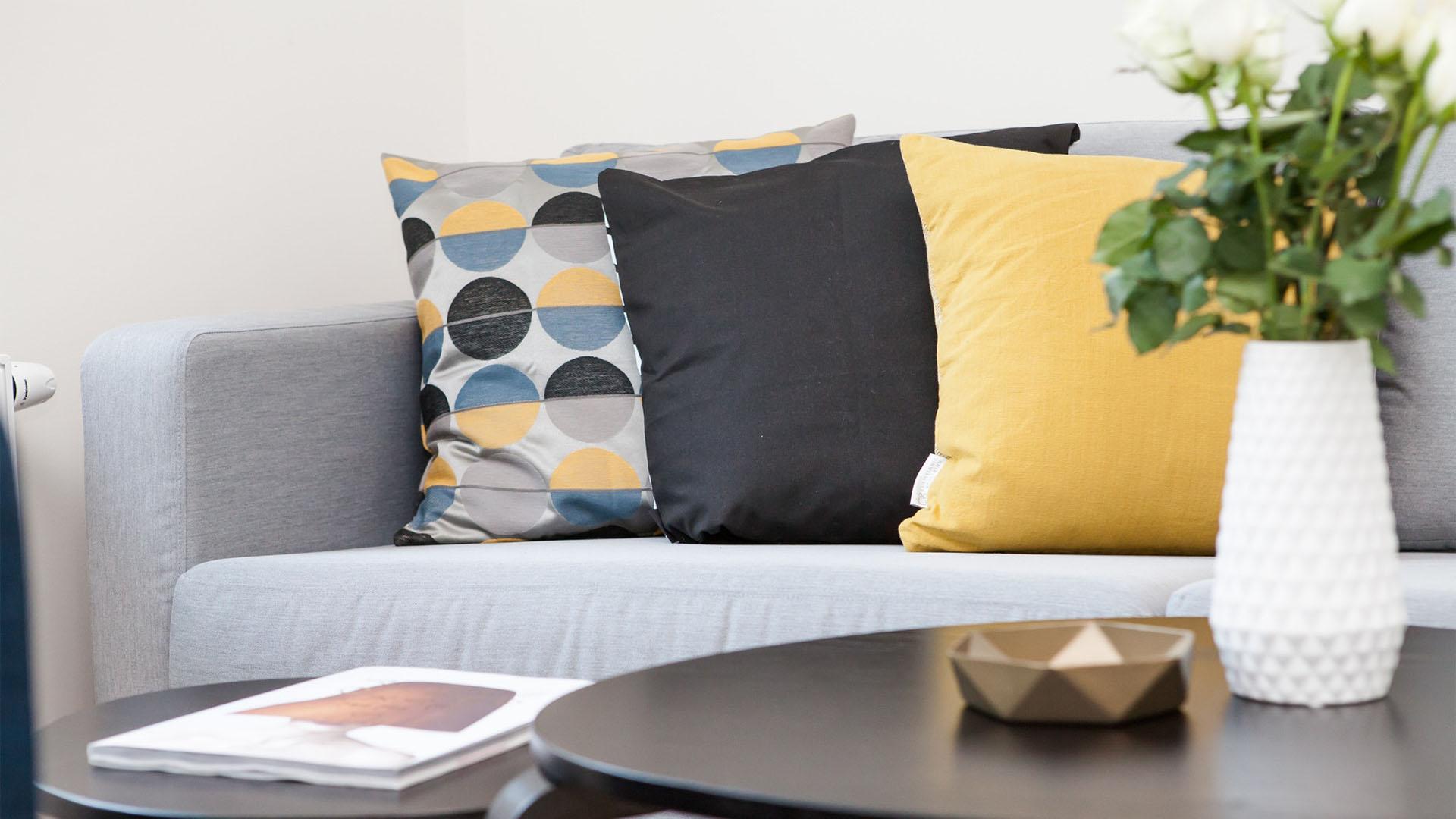 Sensational Is It Cheaper To Ship Furniture Or Buy New When Relocating Interior Design Ideas Tzicisoteloinfo