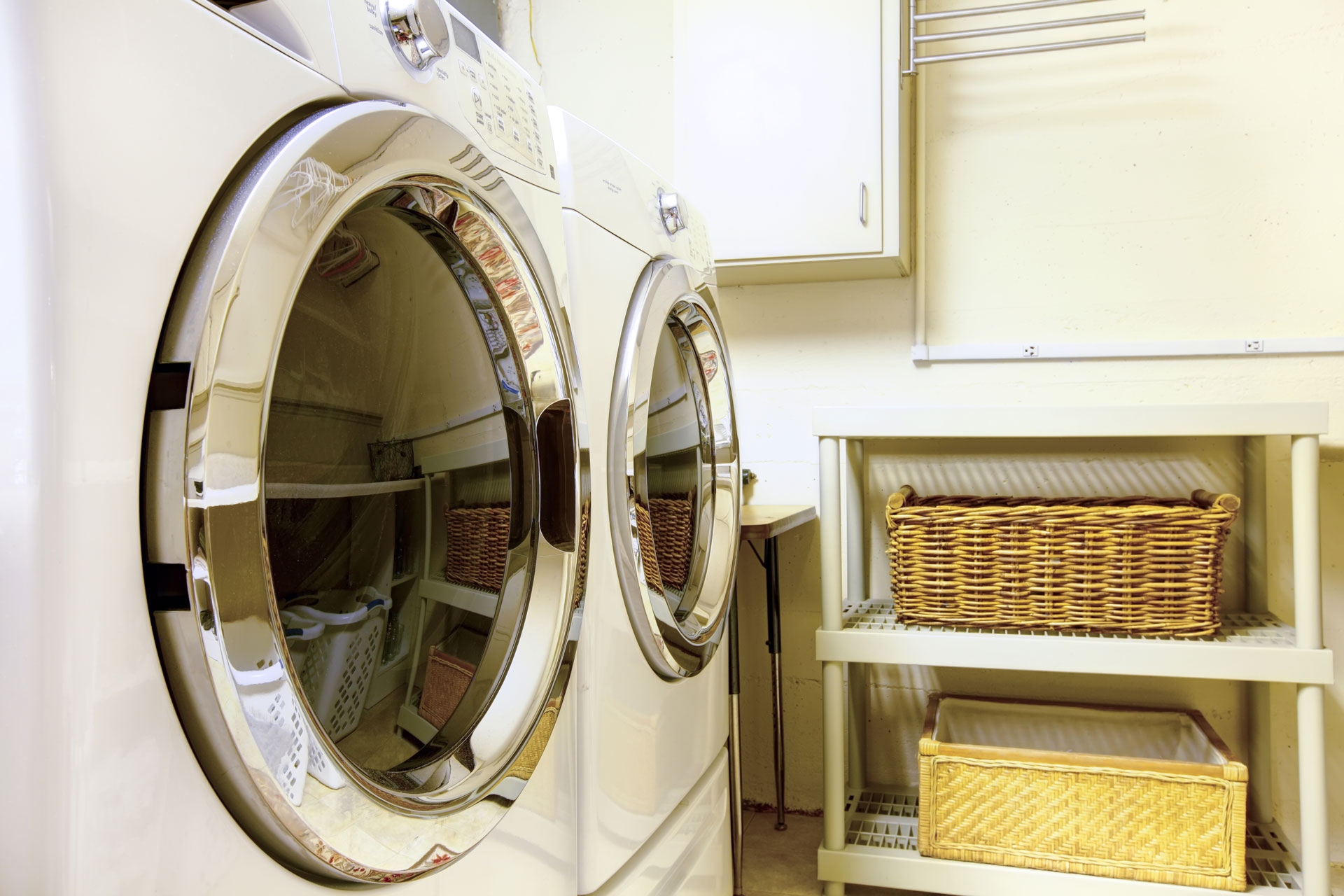 How To Organize A Laundry Room In 6 Simple Steps