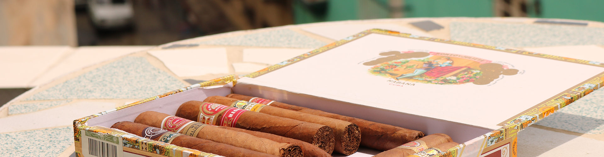 how to store cigars